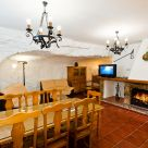 Cave House with dining room in Albacete