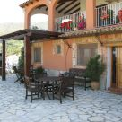 Holiday cottage with garden furniture in Alicante