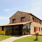 Rural B & B with minibar in Cantabria