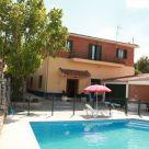 Casa rural con sala multifunción en Madrid