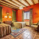 Holiday cottage at Segovia: Mis cuatro estaciones, Casa Boutique