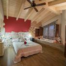Holiday cottage with playground in Teruel